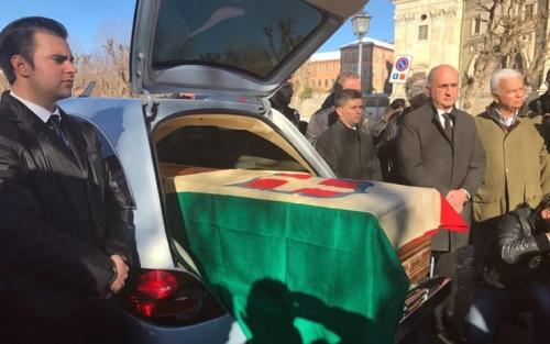 Chi non esulta per il ritorno in Italia delle spoglie di Vittorio Emanuele III
