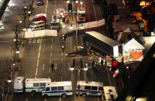 Strage ai mercatini di natale tedeschi: se Berlino offre solo briciole alle vittime...