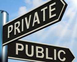 Ma se il pubblico non funziona, allora meglio fare largo ai privati. O no?