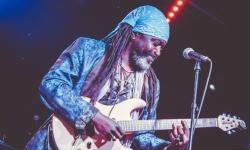 Si esibirà a Chieti il chitarrista soul funky blues Leburn Maddox