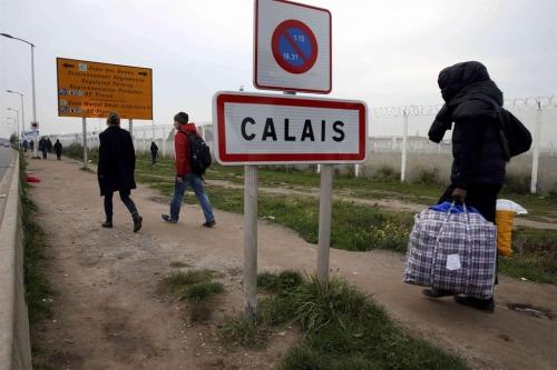 La partita su larga scala di Macron e la clava dei flussi migratori