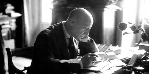Letteratura, il rapporto del giovane D'Annunzio col dialetto abruzzese