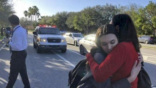 Chi è il 19enne che ha sparato in una scuola della Florida