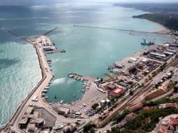 Porto di Ortona, perché i sindacati sono contro la sospensione del dragaggio