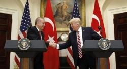 Usa, stesso metodo per una nuova testa: perché Trump chiama Pompeo