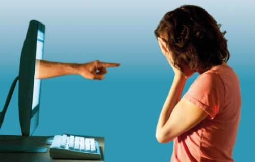 Giovani generazioni connesse, a Navelli un convegno su bullismo e cyberbullismo