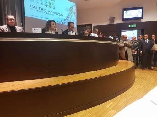 L'Altro Abruzzo, da Pescara ecco il filo del civismo (dopo il terremoto delle politiche)
