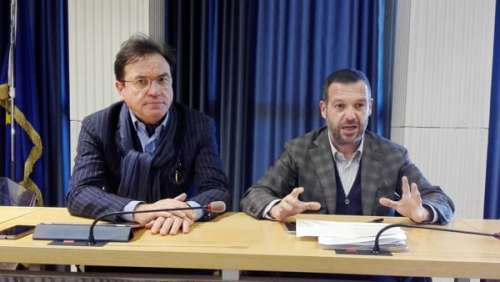 Anche Forza Italia (dopo il M5S) chiede la testa del governatore