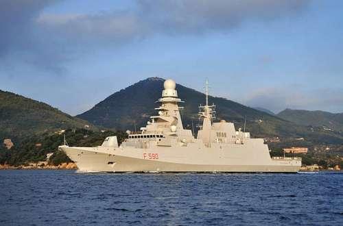 Scontro Grecia-Turchia: Atene noleggia due fregate da Parigi