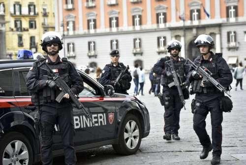 Terrorismo, dal Gambia in Italia per un attentato? Arrestato a Napoli