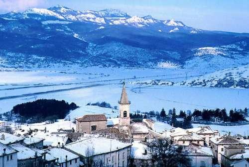 Altro che workshop e convegni: in Abruzzo servono manager del turismo...