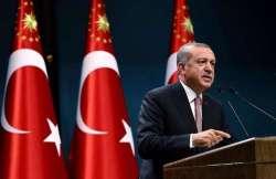 Senza sosta le purghe di Erdogan: 300 militari in manette