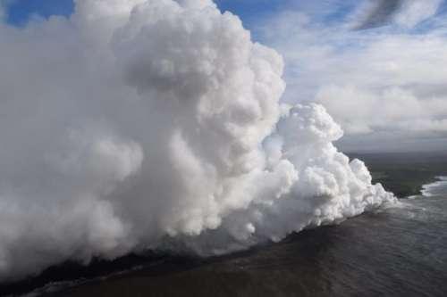 Che lava nell'oceano: paura alle Hawaii