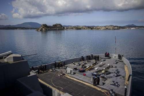 Il nuovo risiko 2.0 si gioca (con gli Usa protagonisti) tra le isole greche