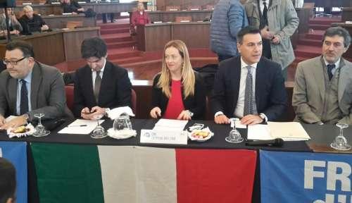 Turismo, viabilità e sosta a Pescara: perché Fratelli d'Italia attacca la Giunta Pd