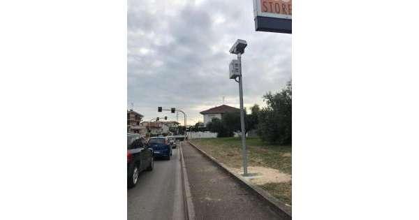 Contribuenti, stop ai semafori 'killer'