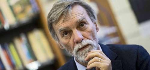 Chi ha incontrato e cosa ha detto l'ex ministro Delrio in Abruzzo