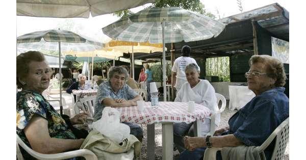 Tre anziani su 100 assistiti a casa
