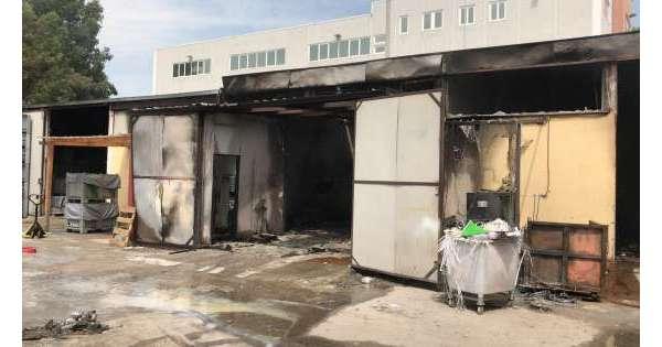 Incendio distrugge azienda a Teramo