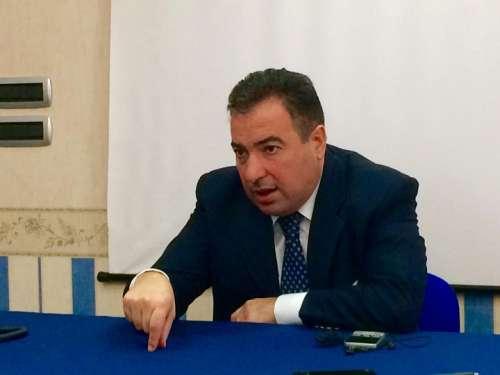 Gasparri presidente della commissione per le elezioni: l'ok di Di Stefano