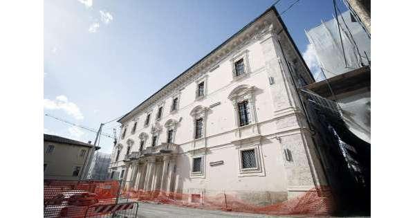 Palazzo Centi L'Aquila, ok ditta Isernia