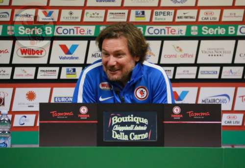 Il Pescara punta alla vittoria contro il Crotone