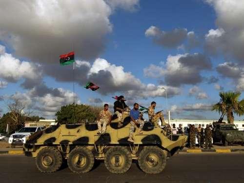 Libia, dentro o fuori: ultima chiamata (anche per l'Italia)