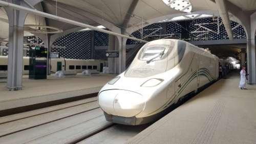 L'alta velocità nel deserto saudita ma non nel Mezzogiorno