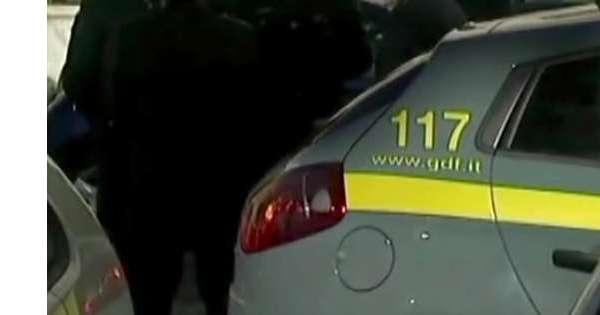 Acquisto auto in Ue, in 4 nei guai