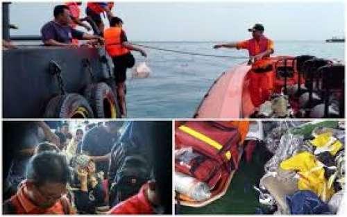 Cade aereo in Indonesia: è strage