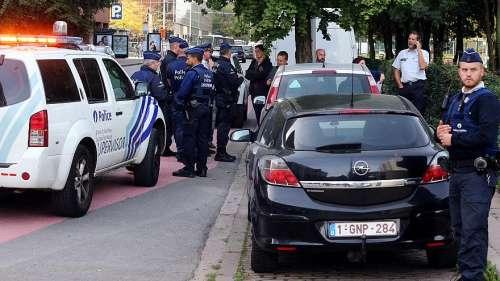 Di nuovo Isis: poliziotto accoltellato a Bruxelles