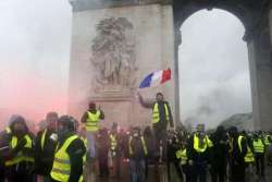 Gilet gialli, situazione sfuggita di mano (a Macron)