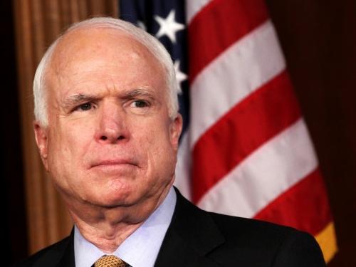 Usa: il senatore McCain ha un cancro al cervello