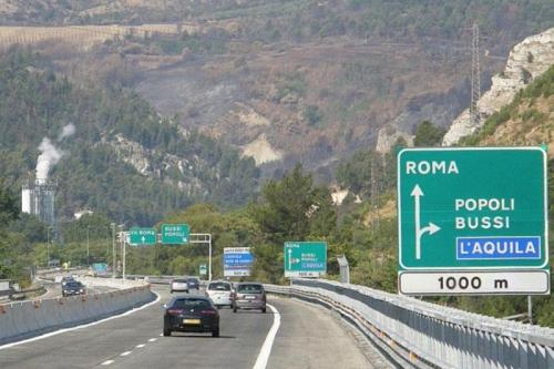 A24-A25, tar: Ministero Traporti provveda ad adeguare tariffe autostradali 2015