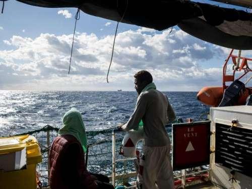 Immigrazione: a 4 anni muore annegata nell'Egeo