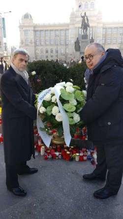 Come è stato commemorato Jan Palach dall'ambasciata d'Italia a Praga e dalla fondazione Einaudi
