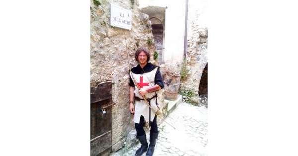 Arco medievale, aquilano campione Italia