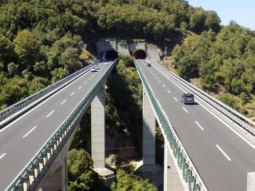 A24-A25, pronuncia del Tar: accertare sicurezza viadotti
