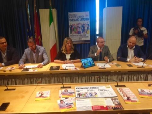 Microcredito, M5S: con tagli nostri stipendi erogati 1,2 mln per aziende Abruzzo