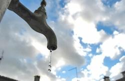 L'Aquila, Biondi: no ad utilizzo acqua per orti, piscine e pulizia strade