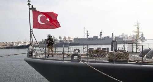 Sale la febbre militare nel Mediterraneo per la mega esercitazione turca