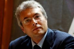 Abruzzo, ex governatore Chiodi rinviato a giudizio su tetti spese a cliniche