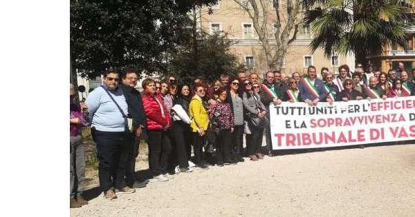 Manifestazione a Roma sindaci Vastese