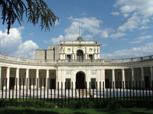 Abruzzo, approvata nuova legge sul trasporto pubblico locale. Istituito bacino unico regionale