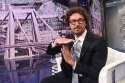 La recidiva di Toninelli: dopo la A24, problemi per i voli in Sardegna