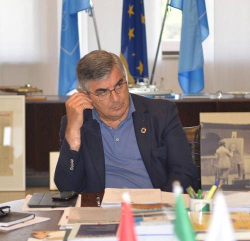 Abruzzo, D'Alfonso a Gentiloni (e Padoan): ecco il resoconto delle spese per gestione sisma e neve